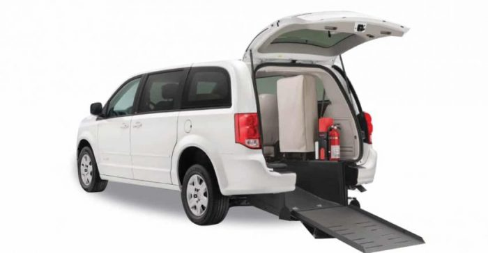 dodge-grand-caravan-rear-ramp-wheelchair-minivan-with-shadow