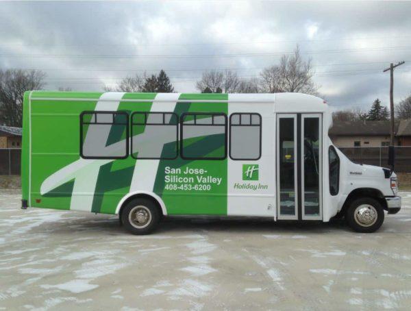 holiday inn silicon valley ca senator bus 21 passengers rear luggage