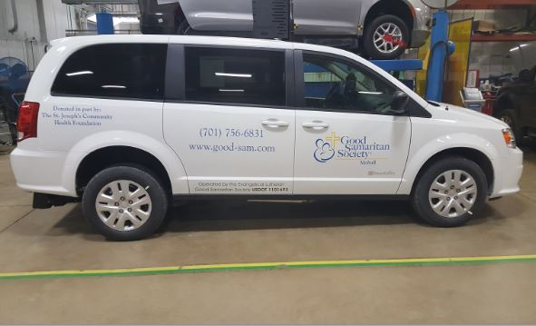 Good Samaritan Braun Wheelchair Minivan With Rear Load Ramp
